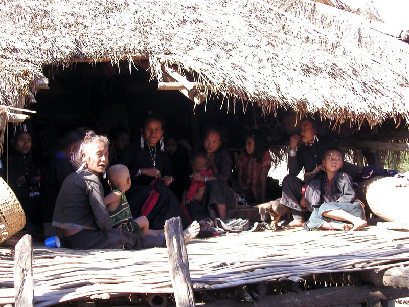 Kengtung---Ann-tribe-shamans-house