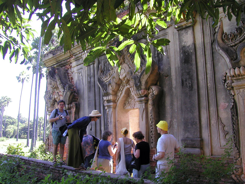Mandalay---ancient-cities-AVA-ruins