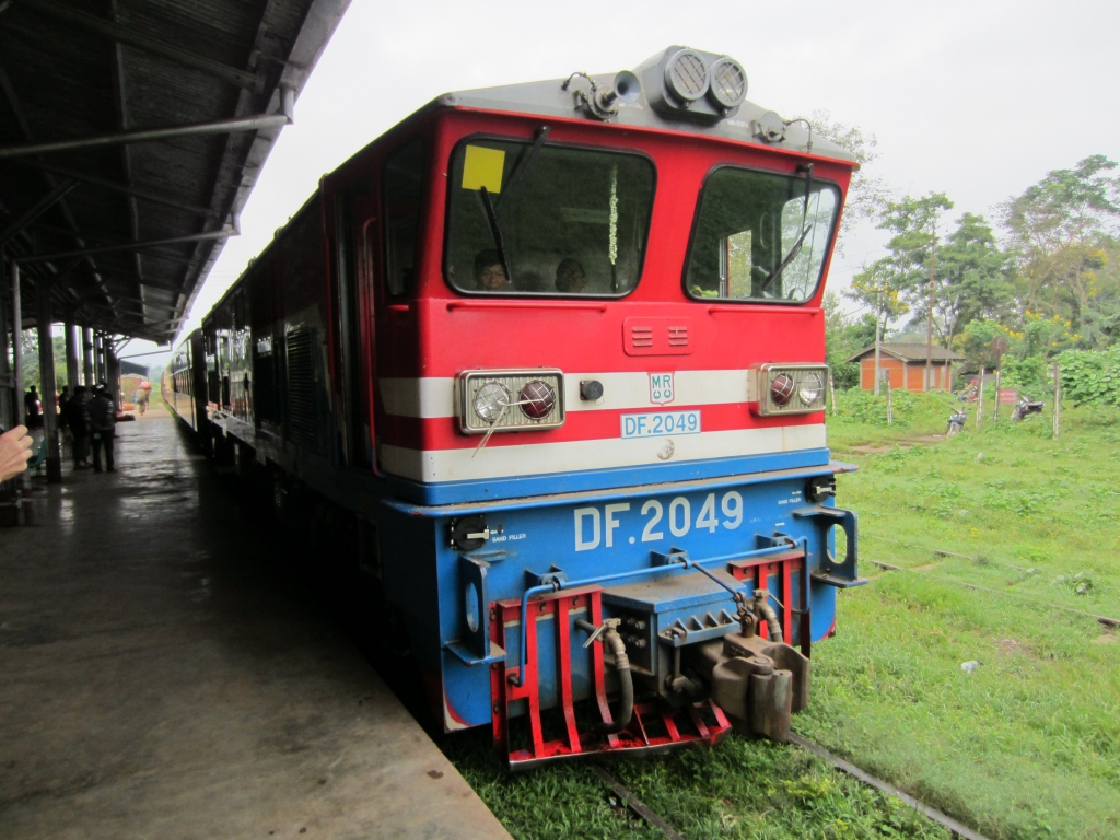 pyin-oo-lwin train
