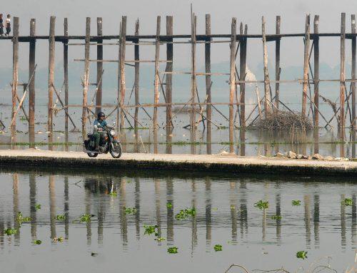 Myanmar moottoripyörällä, osa 2: Matka Mandalaysta Ywanganiin U Bein -sillan kautta
