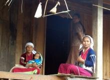Palaung-Silver-Belt-tribe-ladies