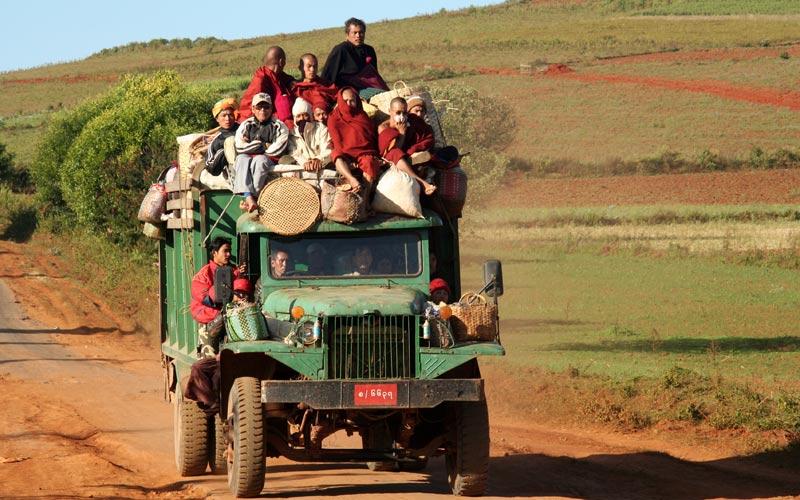 Miten matkustat edullisesti Myanmarissa